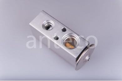 Расширительный клапан компрессора автокондиционера